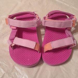 Teva. Toddler girl sandal